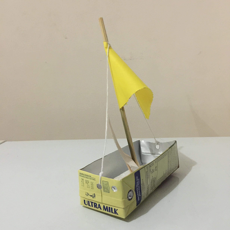 mainan perahu ultra jaya